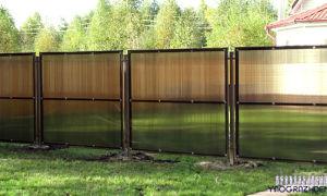 Прозрачный забор на металлическом каркасе своими руками