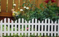 Декоративный забор для дачи: пластиковый, металлический