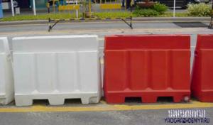 Пластиковые ограждения барьерного типа