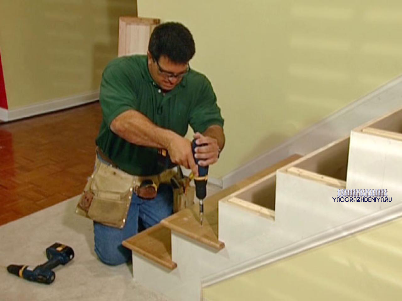 Установка деревянных перил 1 этап