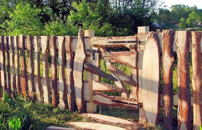 Декоративный забор из горбыля