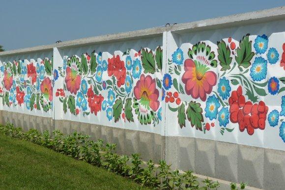 Орнамент на заборе